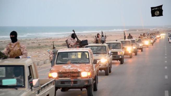 Des combattants de l'Etat Islamique en Libye dans des images de propagande.