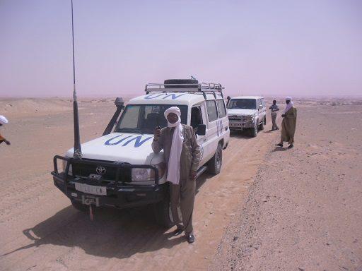 Ahmat Yacoub lors d'une mission Mediature de la République/ONU dans le désert du Tchad