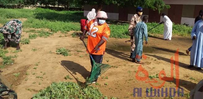 Tchad : à Ati, le préfet Fatimé Boukar prend les devants pour les actions citoyennes. © Hassan Djidda Hassan/Alwihda Info