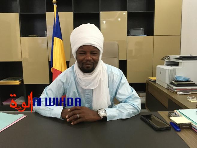 Le directeur général des douanes et droits indirects, Mahamat Abdelkerim Charfadine. © Djimet Wiche/Alwihda Info