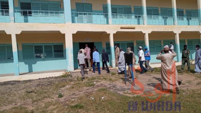 Tchad - baccalauréat : des épreuves de seconde session dans la sérénité à Goz Beida. © Mahamat Issa Gadaya/Alwihda Info