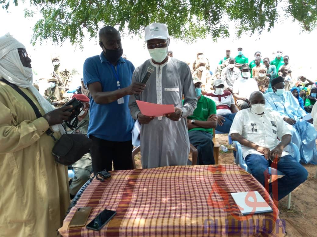 Tchad : au Sila, Concern Worldwide plante un millier d'arbres pour freiner la désertification. © Mahamat Issa Gadaya/Alwihda Info