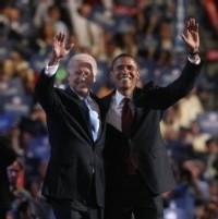B. Obama et son colistier J. Biden