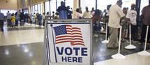 Présidentielle américaine: les Américains se pressent aux urnes