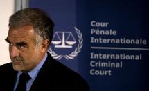 Le procureur de la CPI suit de 'très près' les crimes commis en RDC