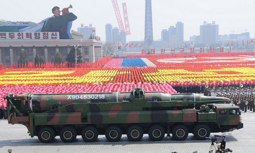 """Chinese FM: China proposes """"double suspension"""" to defuse Korean Peninsula crisis"""