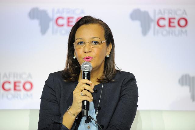 Madeleine Berre, Ministre du commerce et de l'industrie du Gabon