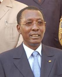 Tchad: Idriss Deby interdit ses photos dans la presse