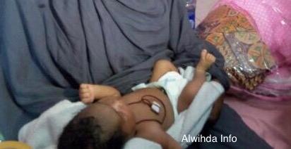 Le bébé enlevé à l'hôpital, remis à sa famille par les autorités. Alwihda Info