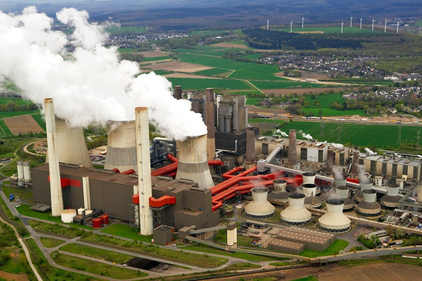 La centrale électrique à charbon de Sendou. Crédits photo : Actu Prime