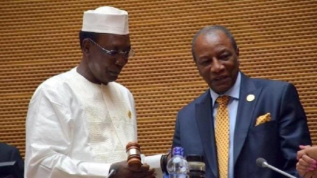 Idriss Déby (gauche) et Alpha Condé (droite). Crédits photo : Sources