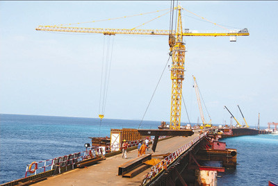 Pics: The China-Maldives Friendship Bridge is under construction. (Photo by Yuan Jirong from People's Daily)
