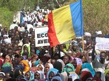 Tchad : Le président Idriss Déby et plus de 10.000 personnes dans les rues de N'Djaména