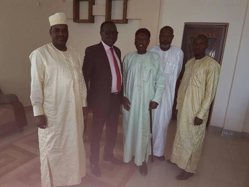 Le conseil national des pétroliers avec le ministre du pétrole, Béchir Madet. Alwihda Info
