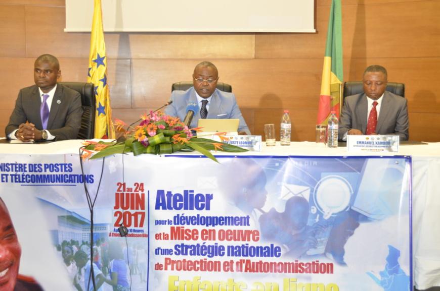 Le ministre Léon Juste Ibombo, à l'ouverture des travaux