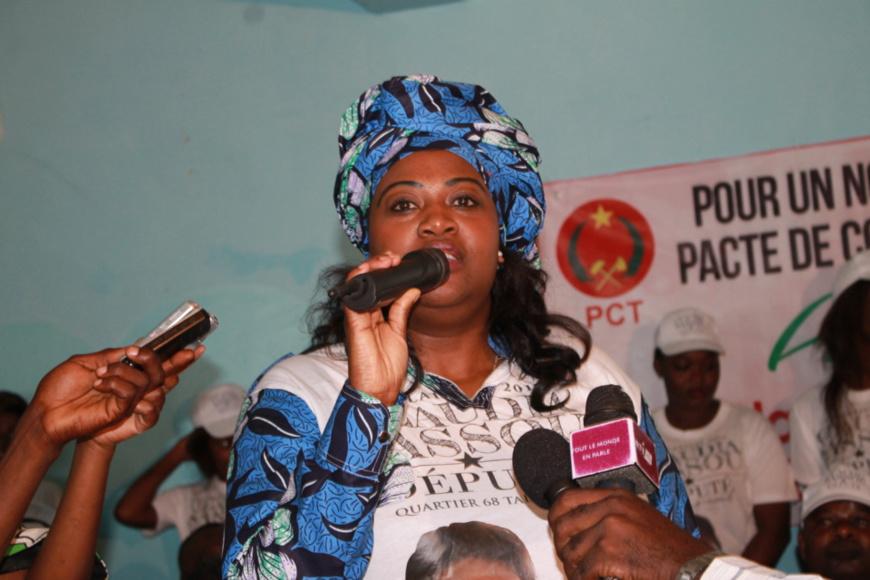 Invitée par l'Association le quartier d'abord, Claudia Ikia Sassou N'Guesso a rencontré les populations des zones 4, 5 et 6 pour écouter leurs doléances.