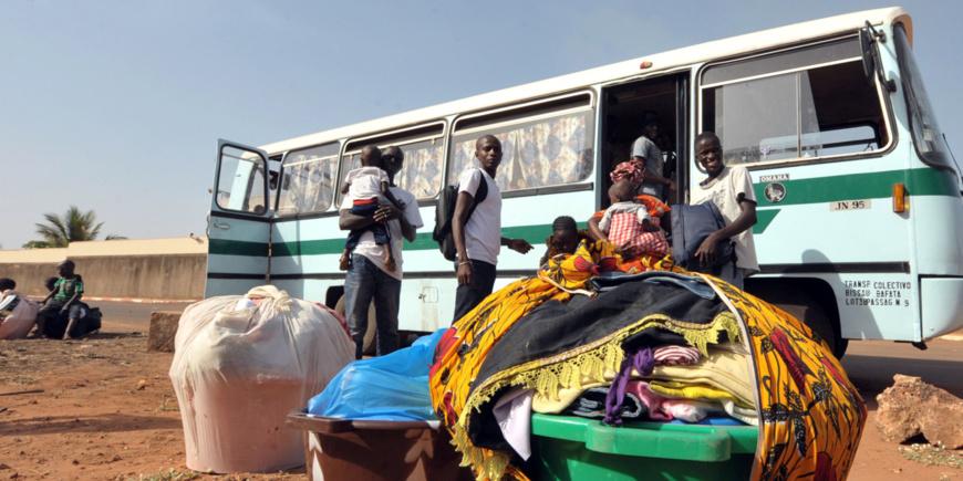 Le minibus impliqué dans la collision était surchargé, selon les forces de l'ordre. (image d'illustration)@ SEYLLOU / AFP