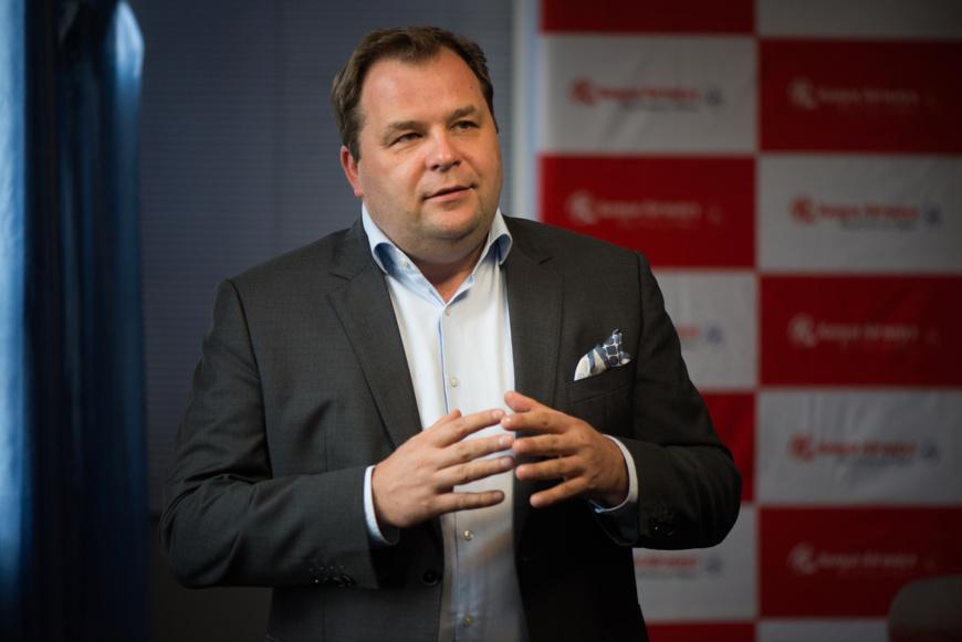 Sebastian Mikosz, directeur et PDG du groupe Kenya Airways.