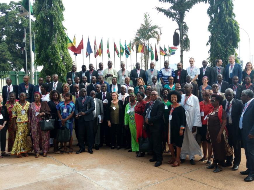 Promotion du livre et la lecture en Afrique : Les acteurs de l'industrie du livre à la recherche de solutions à Abidjan