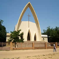 La cathédrale de N'Djamena. Crédits photo : DR