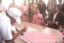 Le couple présidentielle Déby se fait rescenser.