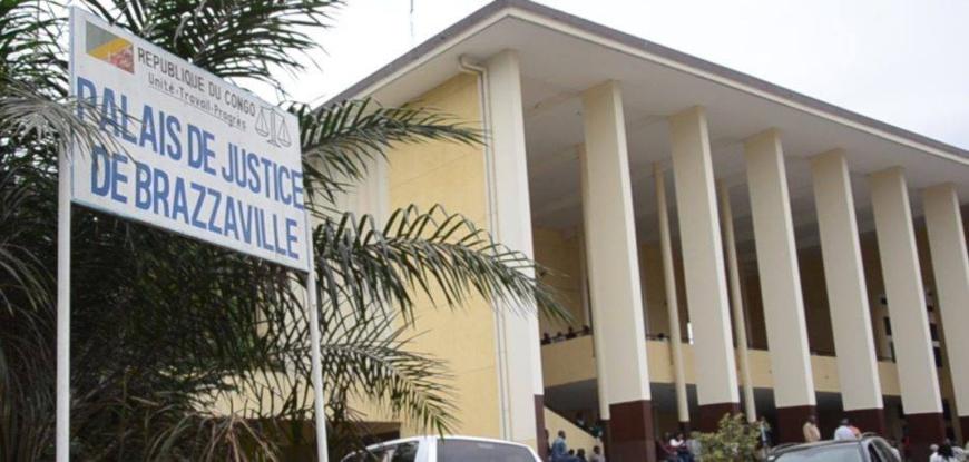 Mutisme devant la cour criminelle : le plan B de ses amis mercenaires, la planche de salut de l'accusé Mokoko