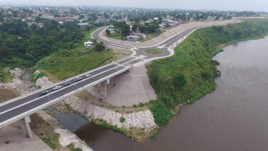 Route corniche de Brazzaville.