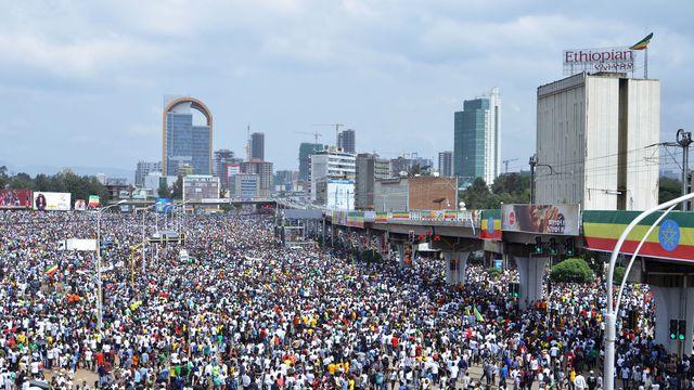 Des milliers de personnes réunies le 23 juin 2018 sur la place Meskel d'Addis Abeba pour soutenir le Premier ministre Abiy Ahmed afp.com/SAMUEL HABTAB GEBRU