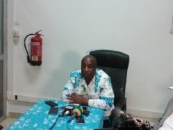 David Nkoto Émane face à la presse vendredi dernier à kribi