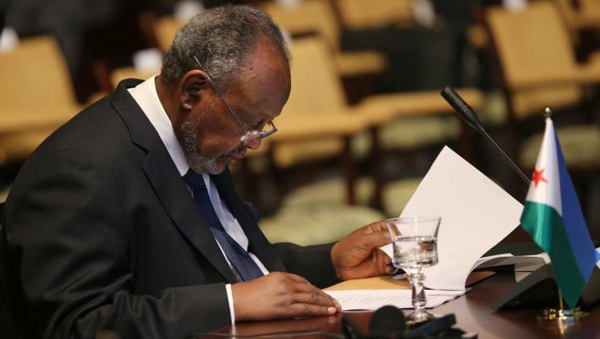 Le président djiboutien Ismaïl Omar Guelleh refuse de signer l'accord négocié entre son directeur de cabinet et l'opposition. © AFP PHOTO/KARIM SAHIB
