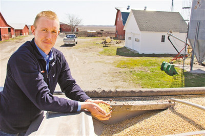 US farmers suffer much from US wrong tariff policy