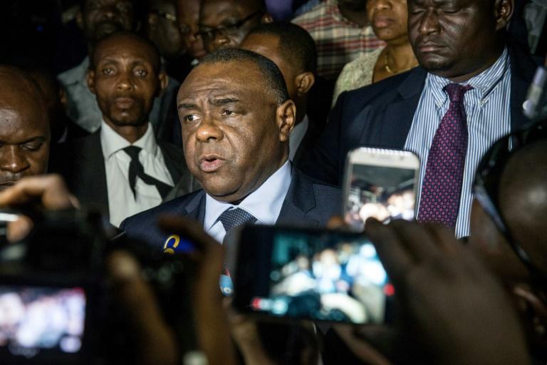 L'opposant congolais Jean-Pierre Bemba s'adresse à la presse le 2 août 2018 à Kinshasa. / © AFP / Junior D. KANNAH