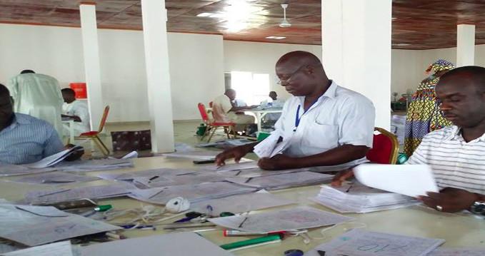 Des correcteurs du baccalauréat à N'Djamena. Crédits : DR/Onecs