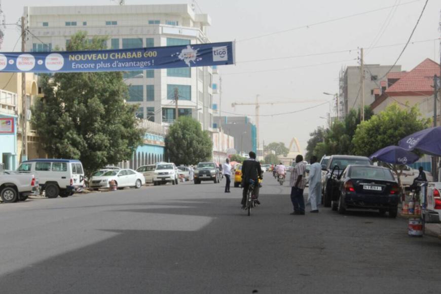 L'avenue Charles de Gaulle à N'Djamena. Alwihda Info/archives