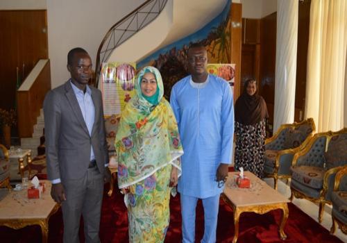 La Première dame a reçu le porte-parole du mouvement Iyina, Nadjo Kaïna. Crédits photo : présidence