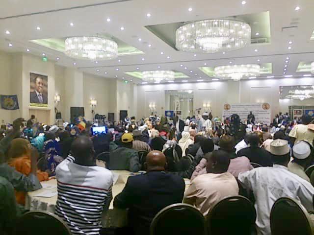 """Idriss Déby : """"il faut critiquer le régime mais pas son pays"""". © Alwihda Info"""