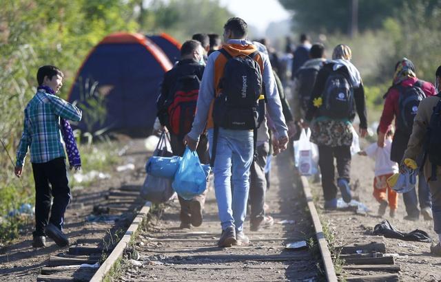 Des migrants en Hongrie le 9 septembre 2015.AP Photo/Matthias Schrader. — Matthias Schrader/AP/SIPA