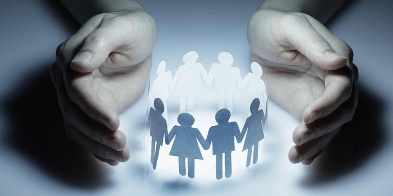 Le regroupement familial sur place : principes et garanties