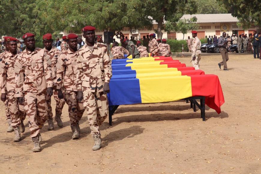 Les cercueils de soldats tchadiens tués au Mali. © DR
