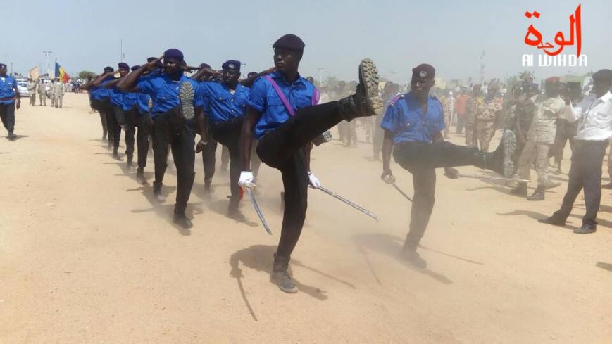 Des policiers lors d'un défilé au Tchad. © Alwihda Info