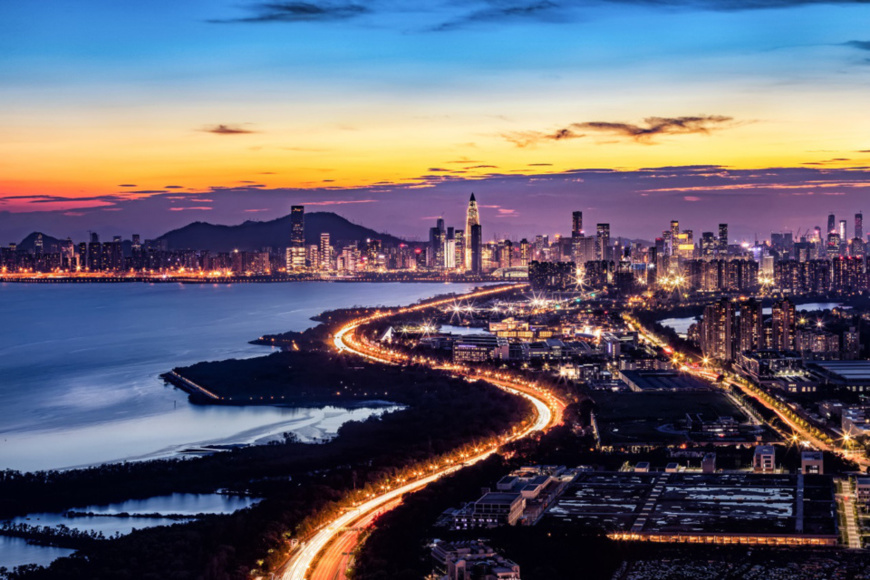 Above picture: night scene of Shen Zhen and Greater Bay Area. ——CFP