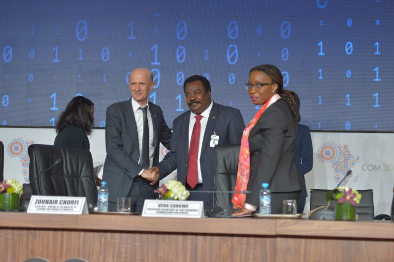 (From left to right) Zouhair Chorfi, Secretary general of the Ministry of Economy and Finance, Morocco, newly elected Chair of the bureau of the committee of experts; HE Elsadig Bakheit Elfaki Abdalla, Chair of the outgoing bureau of the committee of experts; Vera songwe, Executive Secretary of the UN Economic Commission for Africa.
