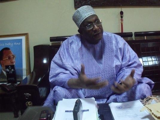 Le président de la Chambre de Commerce de Mines, d'Agriculture et d'Artisanat, Souradj Koulamallah dans son bureau / Photo Alwihda/END