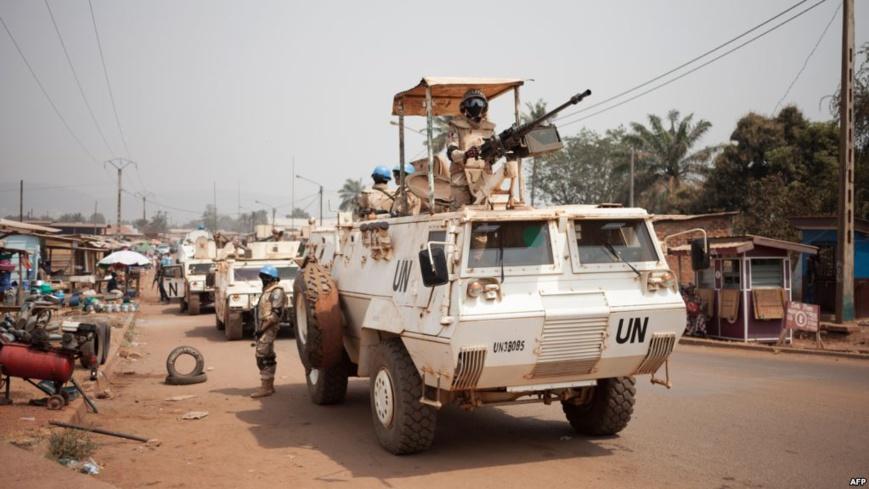 Les contingents égyptiens et portugais des Nations Unies patrouillent dans le quartier PK5 à majorité musulmane de Bangui, le 27 janvier 2018. © DR