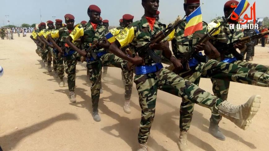 Des militaires tchadiens lors d'un défilé. © Alwihda Info