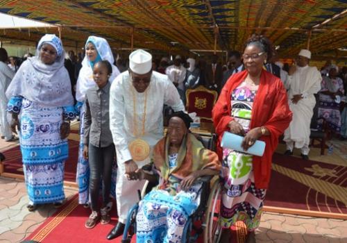 Le chef de l'Etat Idriss et Borkou Louise le 8 mars 2019 pour la Journée de la Femme. N'Djamena.