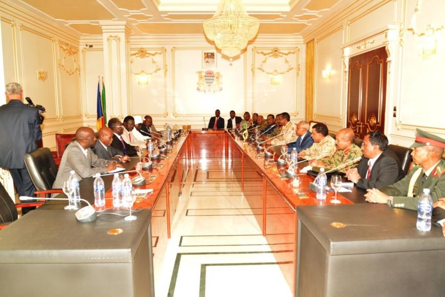 Conflit du Darfour : le Tchad réunit autorités et rebelles soudanais pour trouver une solution
