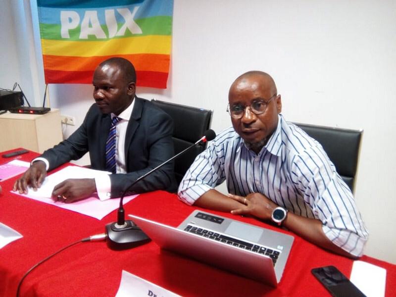 L'initiateur de la conférence-débat, Dr Abou-Bark Mashimango (à droite).