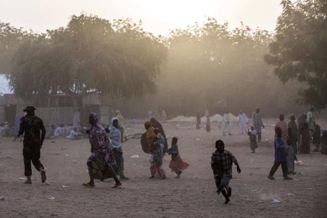 Des populations au Nigeria. © DR