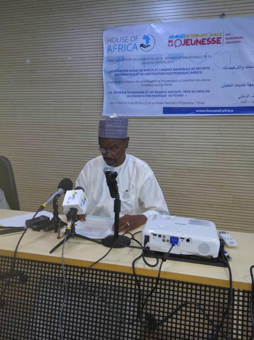 Le ministre de la Promotion des jeunes, des Sports et de l'Emploi, Mahamat Nassour Abdoulaye. © Alwihda Info